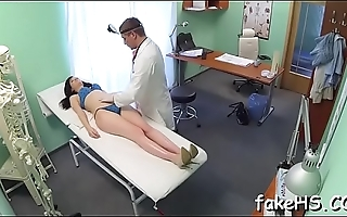 Hawt doctor gets screwed in hospital