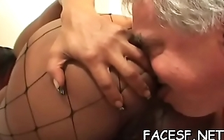 Sexy girl gets her twat licked
