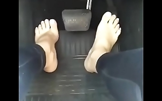 Cams4free.net - Pedal Pumping White Sexy Toes